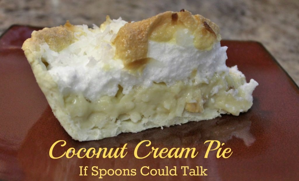Coconut Cream Pie, an easy cream pie with a lot of tasty coconut flakes covered in a toasted meringue. Every coconut fan will love this.